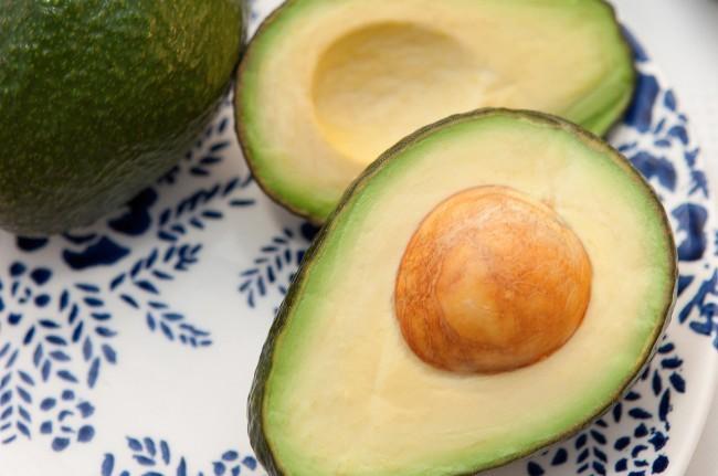 avocado dry skin