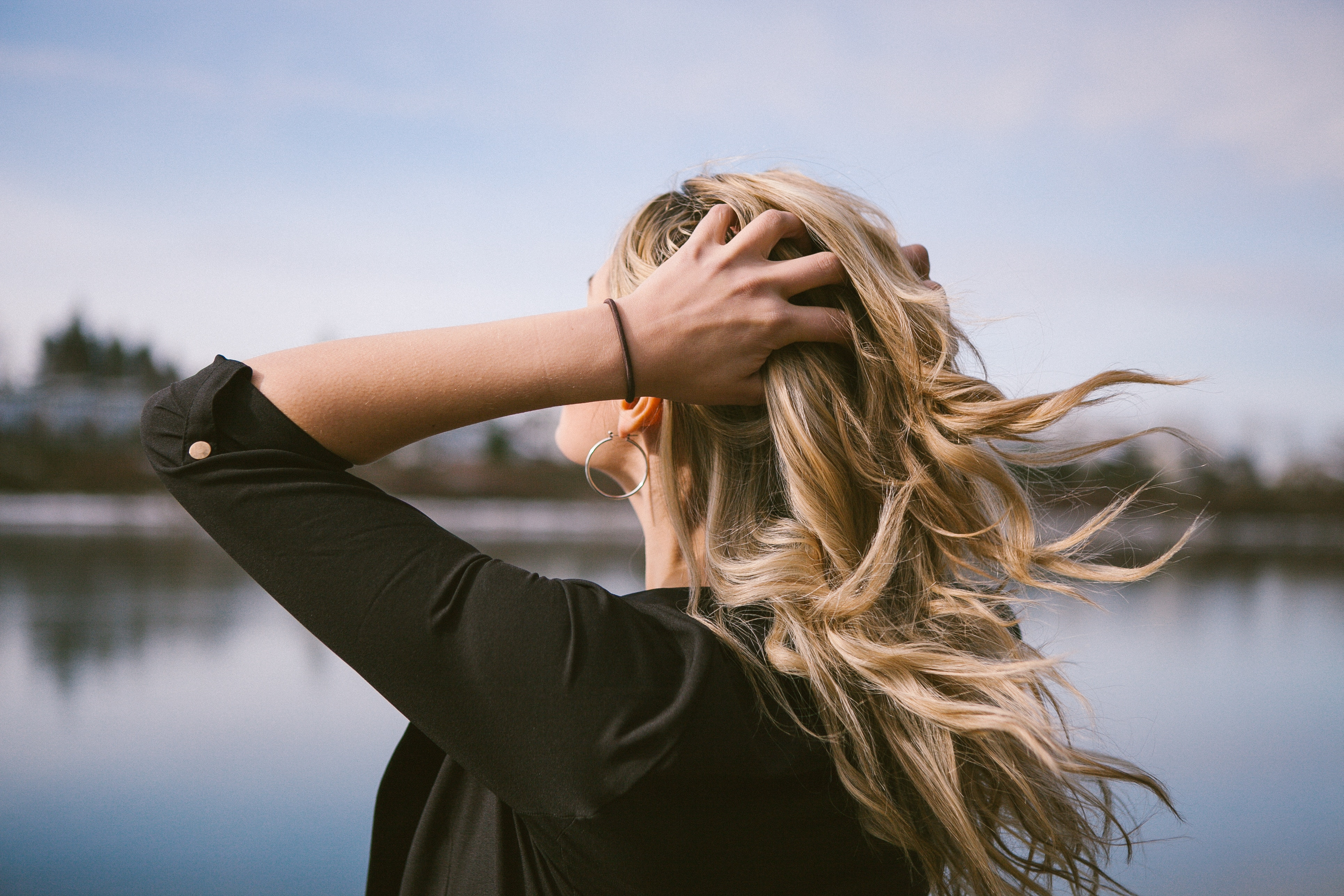 How To Maintain a Healthy Head of Hair