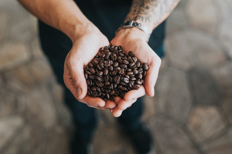 How to Make Coffee Without a Coffee Maker! (or Post-Apocalyptic Coffee)
